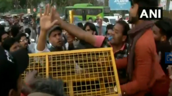 Road at Delhi's Shaheen Bagh opened by group of protesters, blocked again