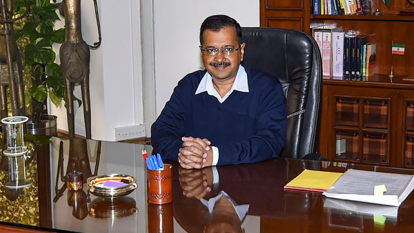 Arvind Kejriwal calls top officials of Delhi for meeting over