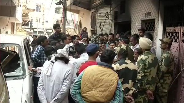 Delhi violence: Team of BSF officials visit Mohammad Anees residence; Assures financial support