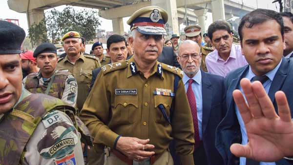 Delhis Lieutenant Guv Anil Baijal visits violence-hit areas, takes stock of situation
