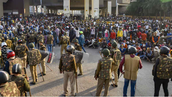 106 people arrested, 18 FIRs filed in connection with Delhi violence: Police