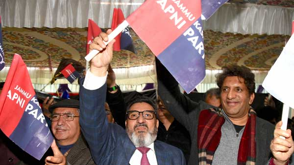 JKAP a new political outfit in J&K would provide alternative to NC, PDP