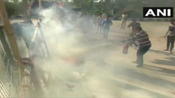 Petrol bomb hurled near Shaheen Bagh protest site; No injuries reported