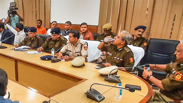 Delhi riots: Cops hold meetings at Noida, Ghaziabad
