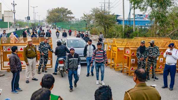 Shaheen Bagh tense: Police deployment enhanced