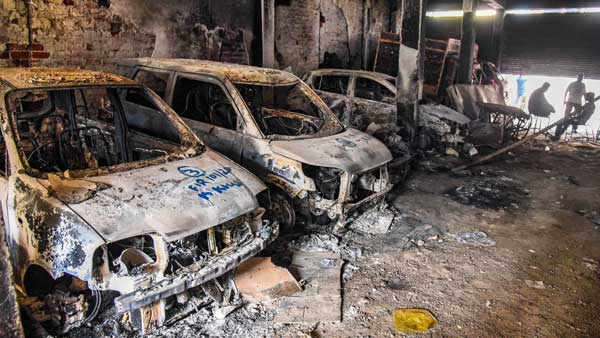 122 houses, 301 vehicles and 322 shops gutted in Delhi
