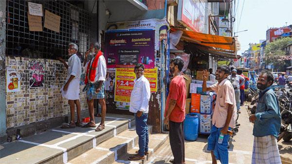 Kerala: Doctors against 'liquor prescription' during lockdown