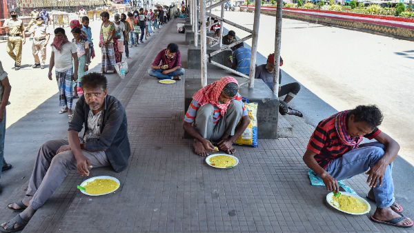 Coronavirus lockdown: Will die of hunger before any disease, say home-bound migrant workers