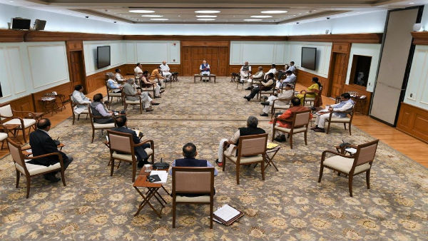 Coronavirus lockdown: PM Modi practices social distancing while holding Cabinet meet