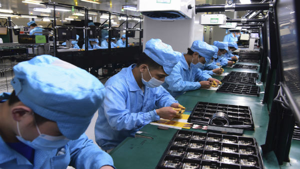 China calls for tighter supervision of workplaces as works resumes after COVID-19 battle