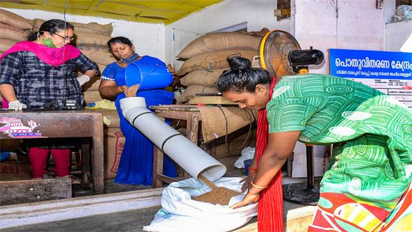 Kerala begins distribution of free rations