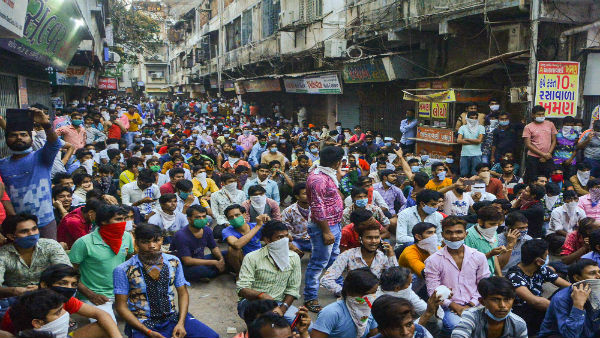 Coronavirus outbreak: Migrant crisis resurfaces after PM Modi's call on lockdown extension