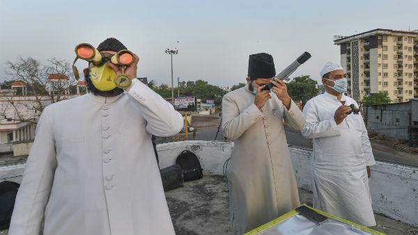 Ramzan moon sighted, Muslims to begin month of fasting amid coronavirus pandemic