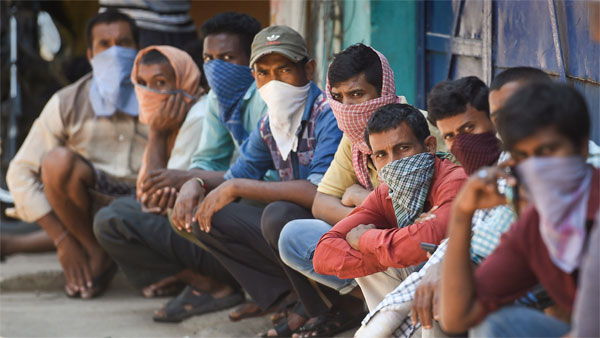 No solution in sight, migrant workers go on rampage in Surat