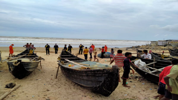 Cyclonic storm in Arabian Sea; IMD issues red alert to coastal Maharashtra, Gujarat for June 4