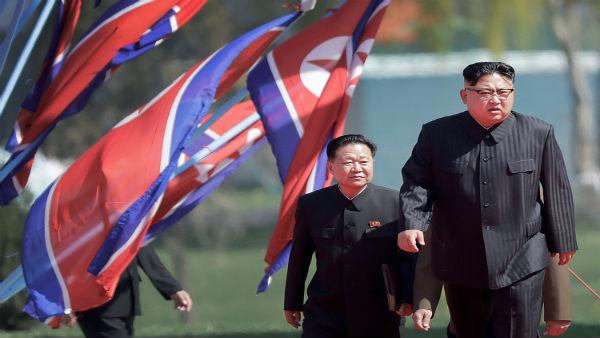 Kim Jong Un did not have surgery says South Korea