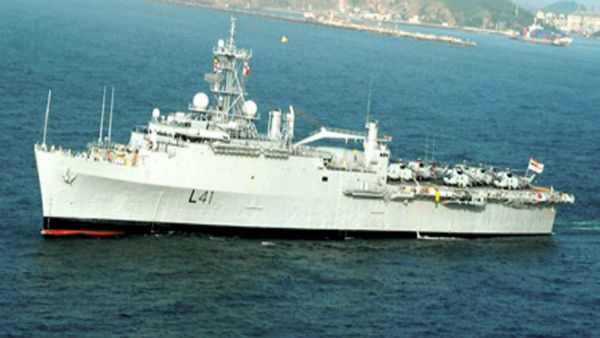 Navy ships set out to Maldives, UAE for evacuation