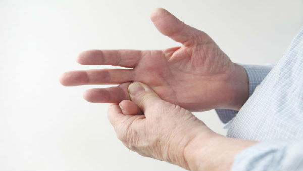 Having tingling pain in your hands? The less common symptoms of coronavirus