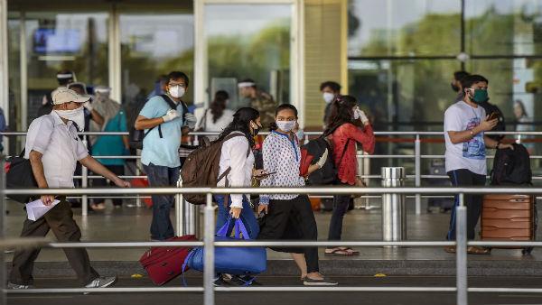Maharashtra issues SOPs for passengers of domestic flights