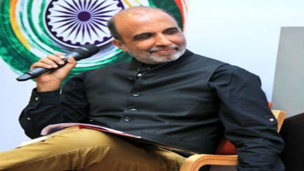 Congress leader, Sanjay Jha tests positive for COVID-19