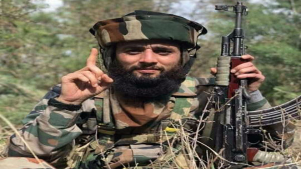 Slain terrorist Junaid would recruit Kashmir youth into Hizbul inlieu of drugs