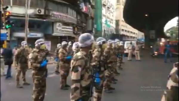 CISF conducts flag march in Mumbai to enforce lockdown