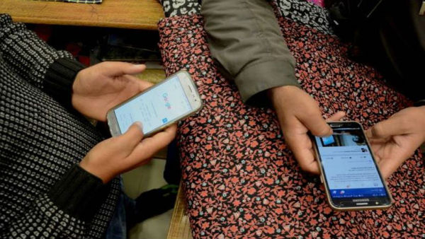 Mobile phone services restored in Srinagar