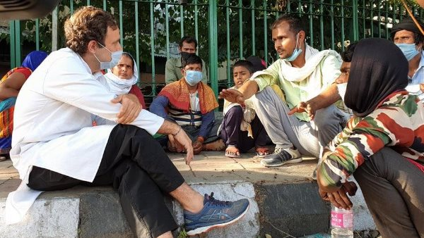 Rahul Gandhi meets migrants in Delhi