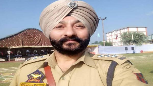 Suspended J&K DSP Davinder Singh granted bail in terror case