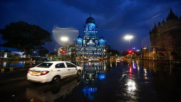 Cyclone Nisarga weakens; Mumbai spared