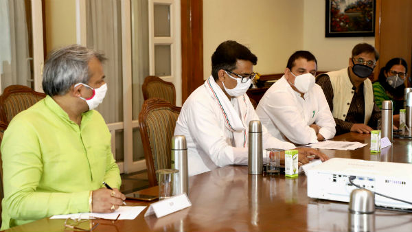 All-party meet: BJP, Cong demand increased testing; AAP raises issue of outside patients with LG