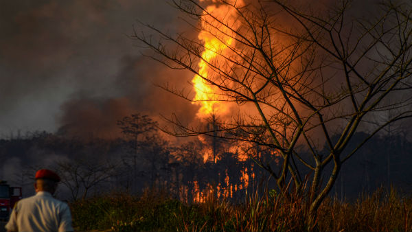 Massive fire rages at Assam oil well, Air Force on standby