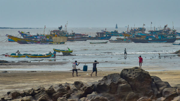 Cyclone Nisarga: IMD issues red alert for Mumbai as the city braces for first tropical cyclone