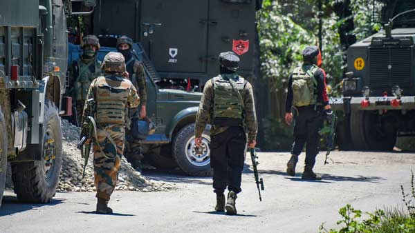 Lashkar module busted: Tiffin box from Pakistan with cash seized