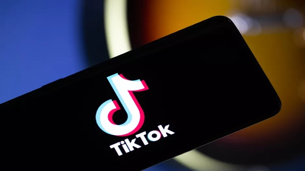 It was an error says Amazon, hours after sending mail asking to delete TikTok