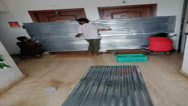 Bengaluru civic body seals 2 flats with tin sheets
