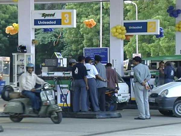Prisoners to be employed in petrol pumps to be set up Kerala govt in jails
