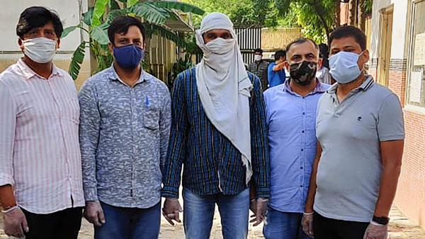 ISIS operative with IEDs arrested after encounter with Delhi Police