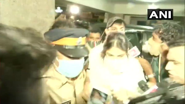Sushant case: CBI questions Rhea for more than 10 hours