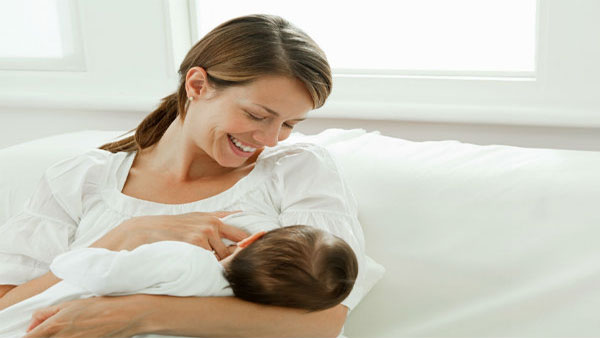 WCD says mothers should continue to breastfeed infants even if they are COVID-19 positive