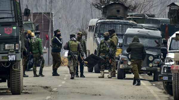 3 security personnel martyred in terror attack at J&K's Baramulla