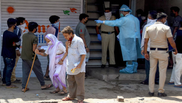 Few Delhi hospitals seeing COVID-19 re-emergence among recovered patients