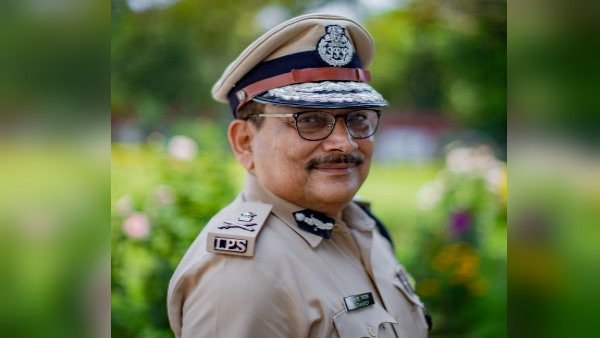 If public wants I may enter politics: Ex-Bihar DGP Pandey