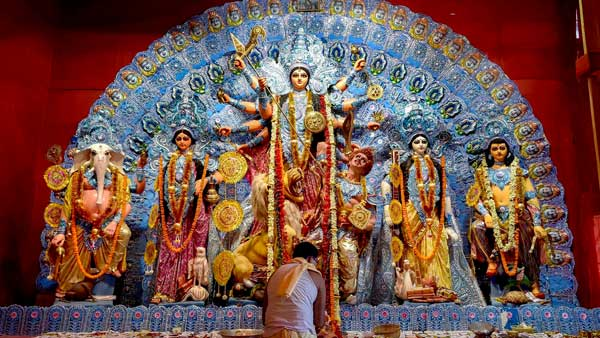 Durga Puja 2020: Pandals declared no-entry zones for visitors, only organisers allowed