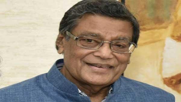 Prashant Bhushan contempt case: Media debating pending cases damaging, Attorney General tells SC