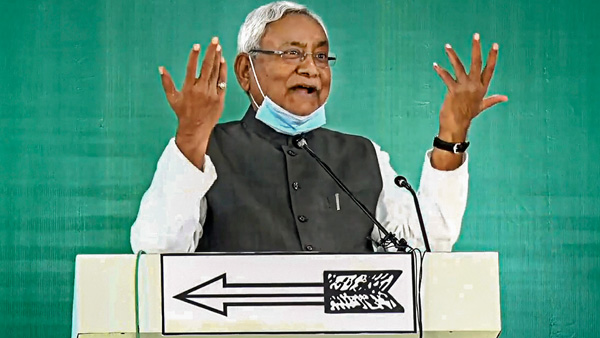NDA meet at 12.30 pm today: Nitish to be chosen as leader