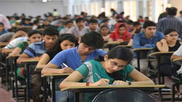 JEE-Main to be conducted in more languages: Union education minister