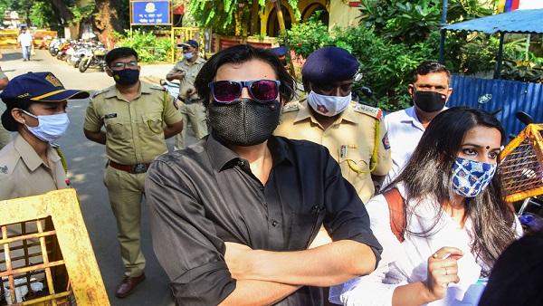 Arnab Goswami's arrest: Sena slams BJP's comments against Maharashtra govt