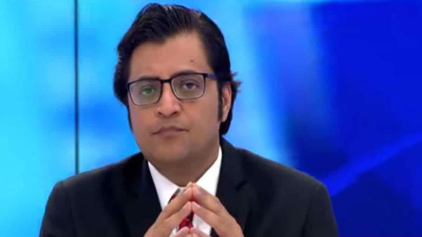 Mumbai Police enter Republic TV Editor Arnab Goswami's residence, attempts to detain him