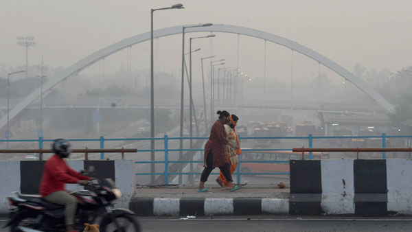 Coldest Nov morning in 17 years: Delhi froze at 6.3 degrees today